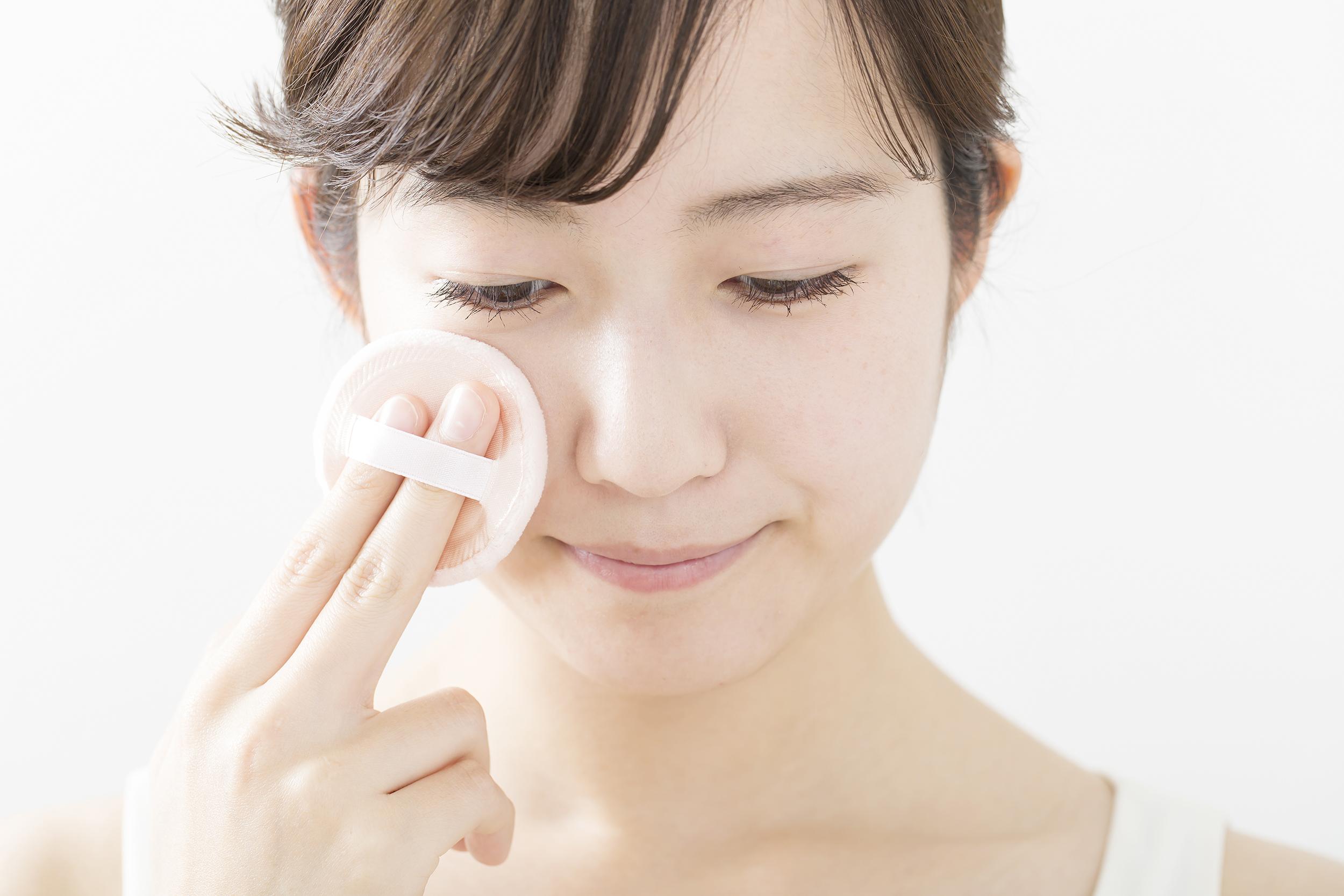 50代の年齢肌にぴったりな「クッションファンデーション」おすすめな日本製と使い方